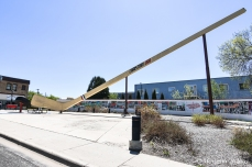 Eveleth, MN: world's largest hockey stick and puck